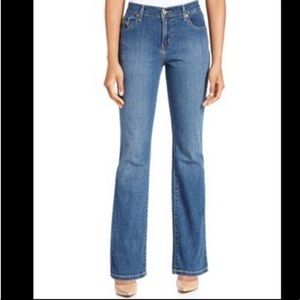 Levi's Perfectly Slimming Boot Cut 512 Jeans | 6